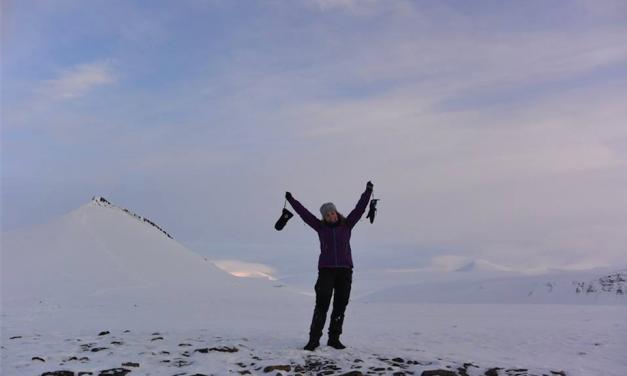 Fyrilestur: Jarðfrøðin á Sátuni, hvat er elst og hvat er yngst?