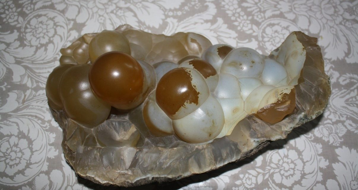 The Puffin egg from Kunoy was a chalcedony